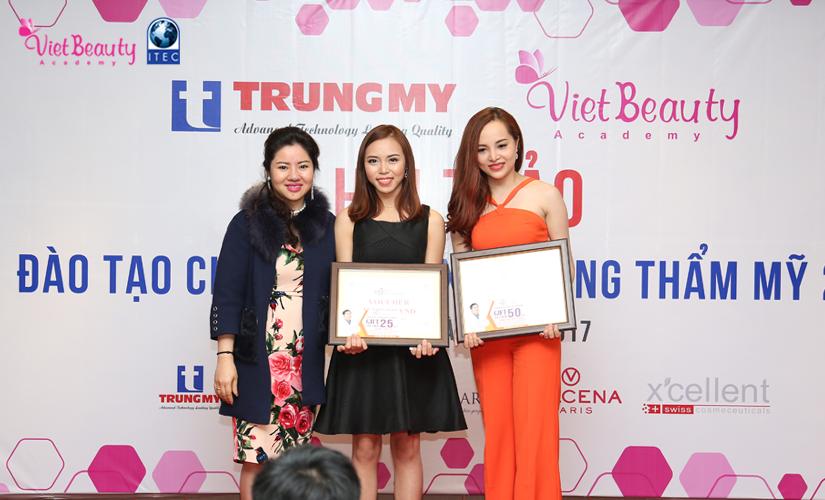 hoi-thoai-dao-tao-chuyen-giao-xu-huong-tham-my-2017-21-tap-chi-vietbeautymag