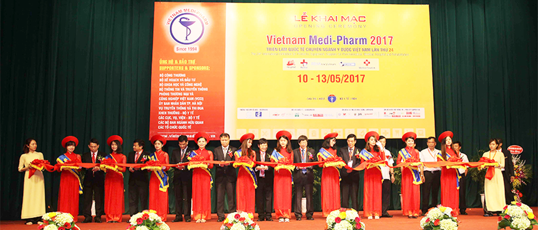 khai-mac-trien-lam-vietnam-medi-pharm-2017-vietbeautymag-1
