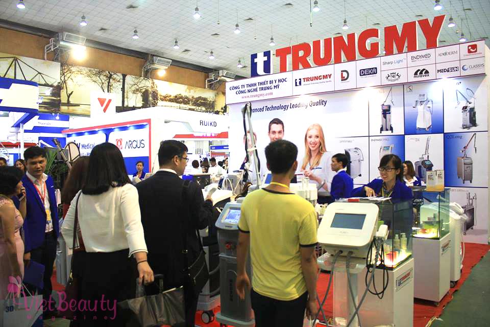 khai-mac-trien-lam-vietnam-medi-pharm-2017-vietbeautymag-16