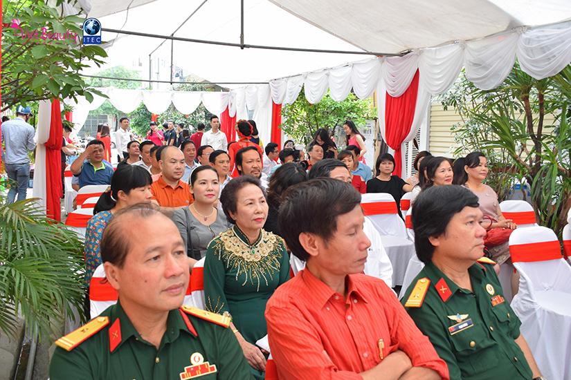 khai-truong-maison-media-jsc-tap-chi-vietbeautymag-17