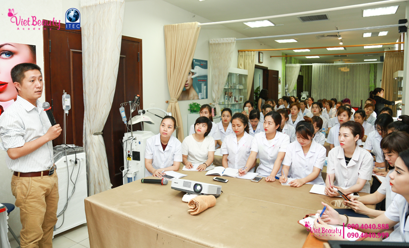 training-cong-nghe-laser-the-he-moi-vietbeauty-academy-tap-chi-vietbeautymag-0