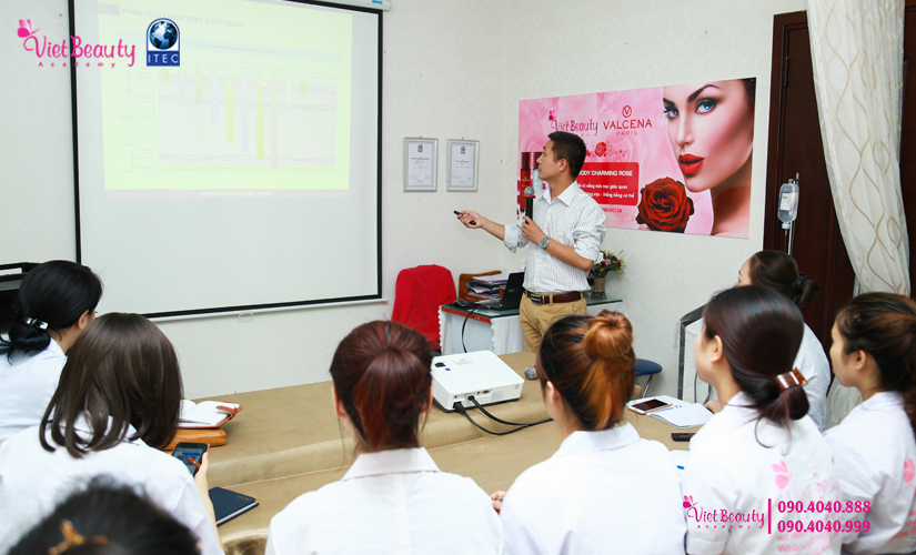 training-cong-nghe-laser-the-he-moi-vietbeauty-academy-tap-chi-vietbeautymag-4