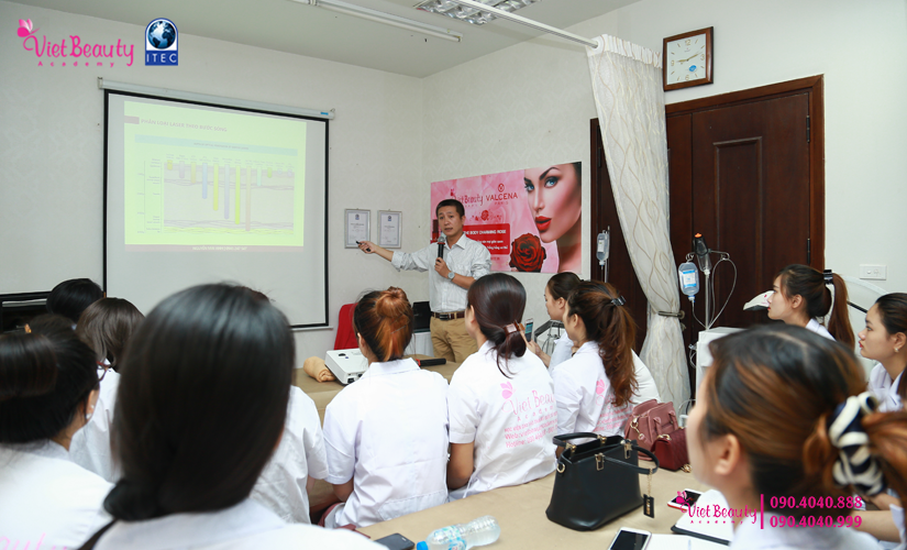 training-cong-nghe-laser-the-he-moi-vietbeauty-academy-tap-chi-vietbeautymag-5