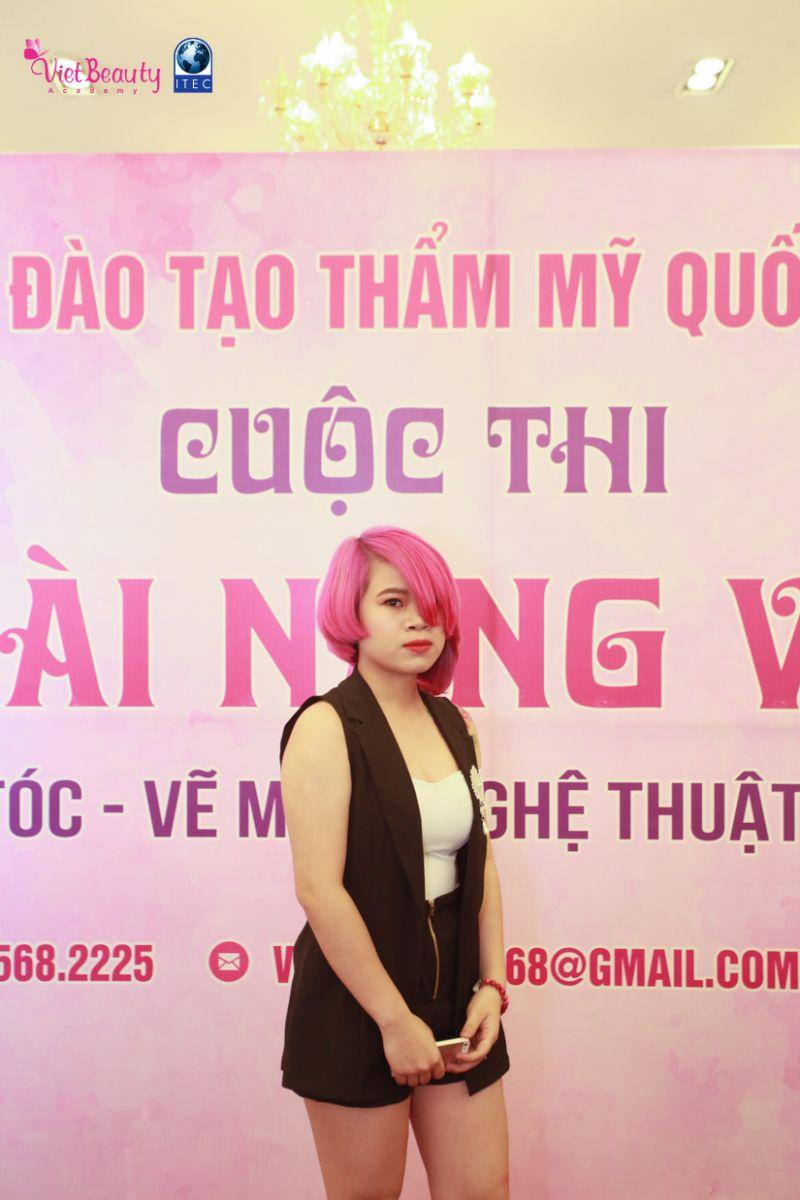 bat-mat-voi-nhung-mau-toc-cua-cac-thi-sinh-cua-hoc-vien-tham-my-quoc-te-viet-beauty-tap-chi-vietbeautymag-17